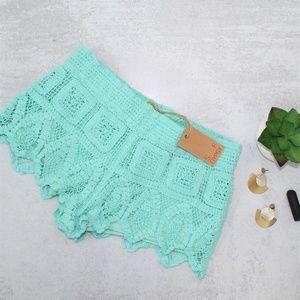 NWT Surf Gypsy Mint Crochet Shorts